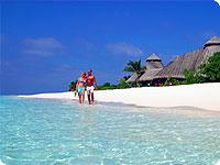 Maldivi, poročno potovanje, hotel Kuredu Island Resort