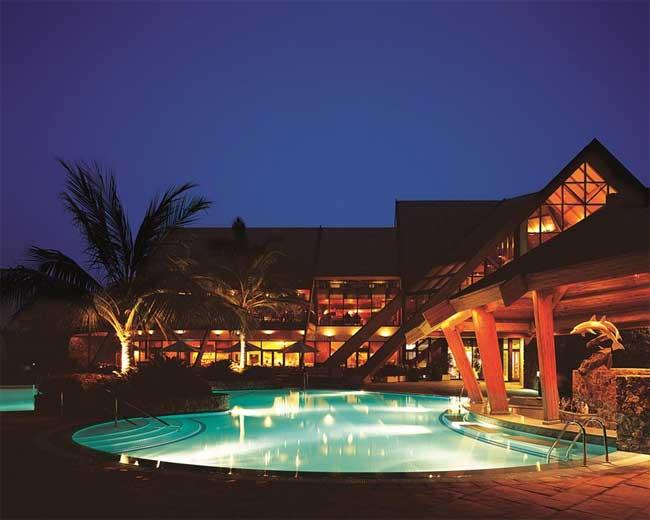 Dubai počitnice, hotel JA Palm Tree Court, hotel ponoči