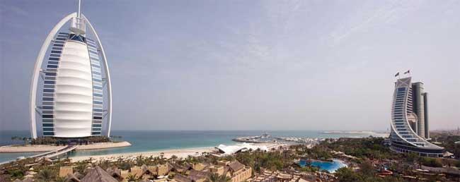 Dubai počitnice, hotel Jumeirah Beach Hotel, pogled iz zraka