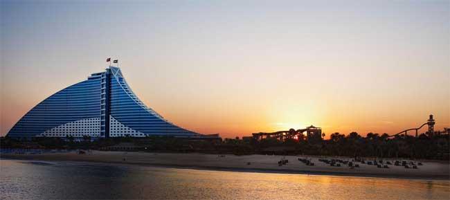 Dubai počitnice, hotel Jumeirah Beach Hotel
